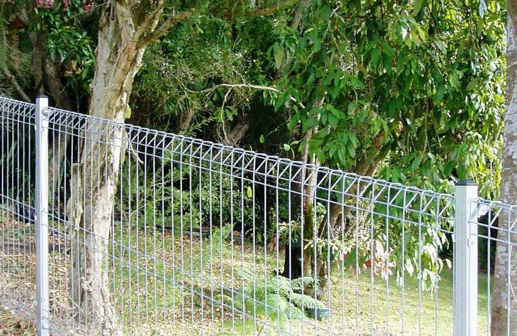 Picture of: Wire Mesh Fence Panels Simple