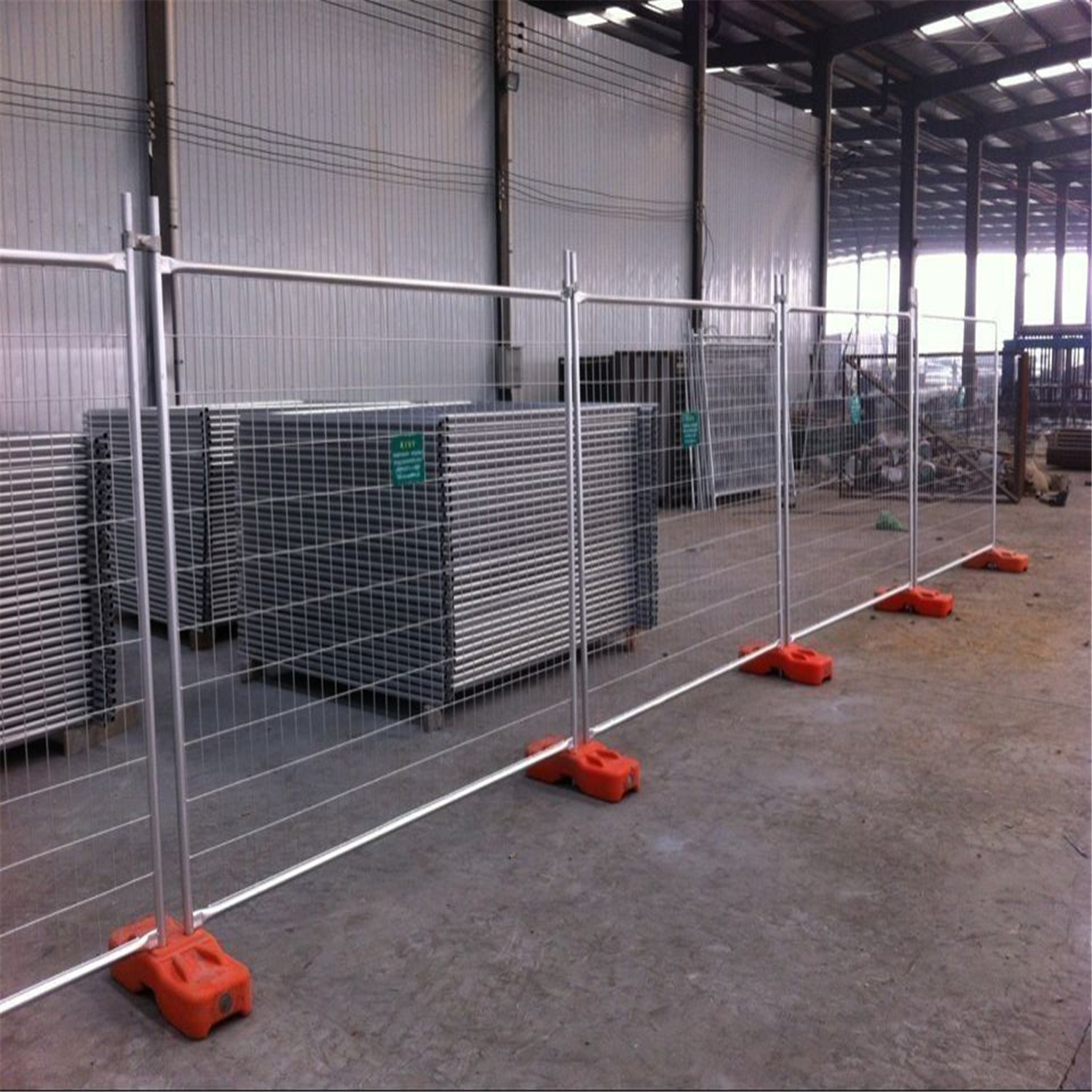 Picture of: Wire Mesh Fence Panels Stand