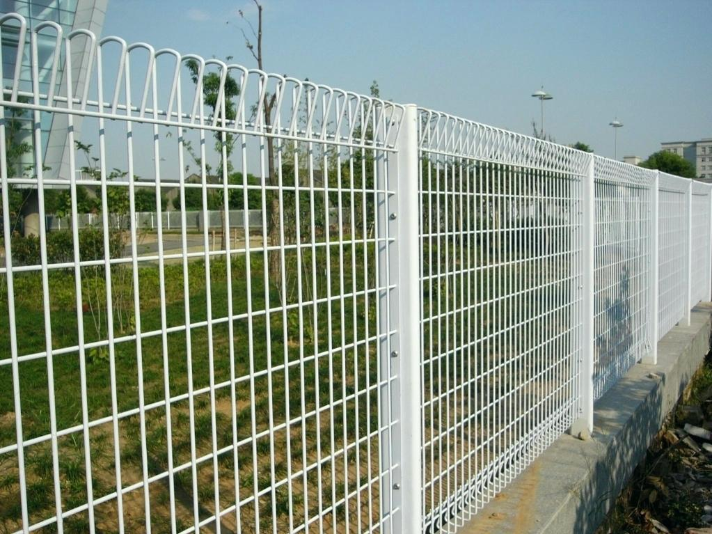 Wire Mesh Fence Panels White