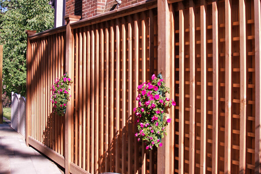 Picture of: Wood Fence Designs for Cattle