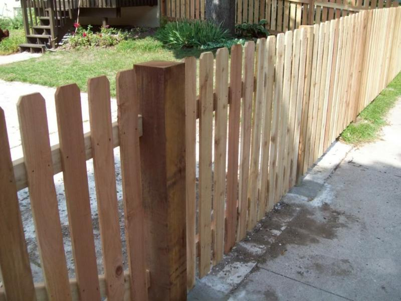Picture of: Wood Fence Images Ideas