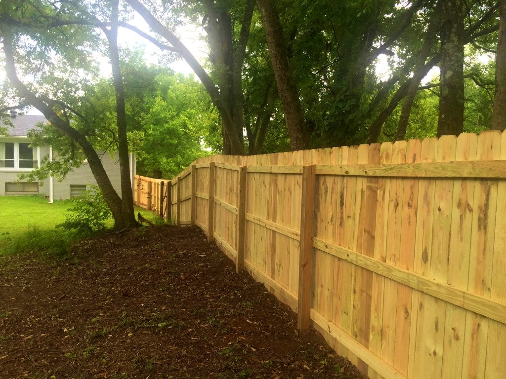 Picture of: Wood Fence Images for Dogs
