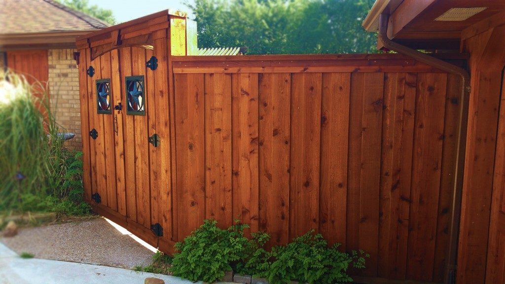 Picture of: Wood Fence Stain Colors Gates