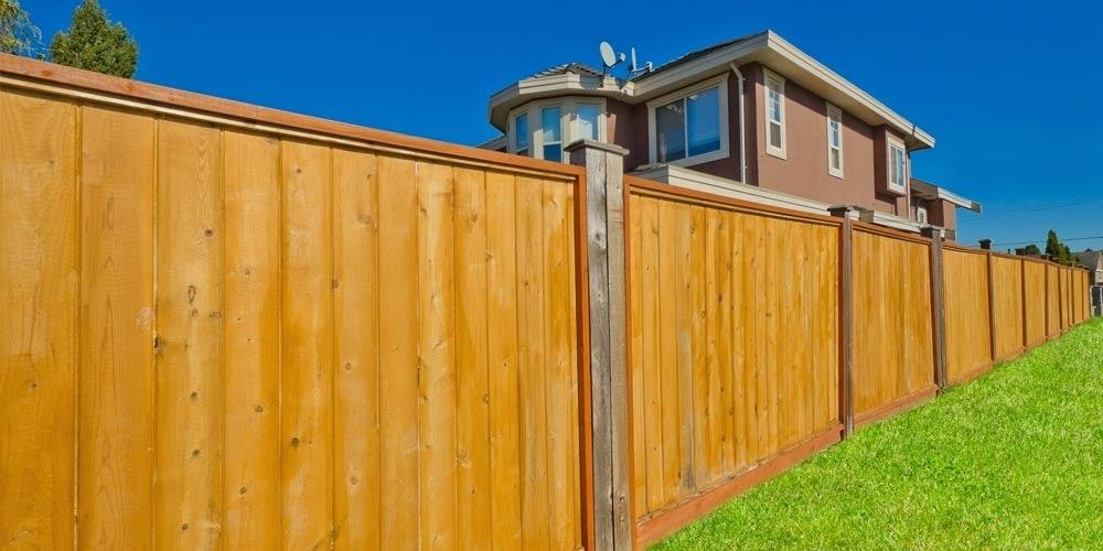 Picture of: Wood Fence Stain Colors Yellow