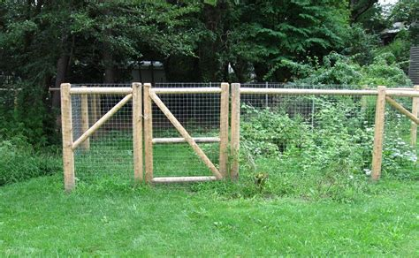 Wood Portable Dog Fence