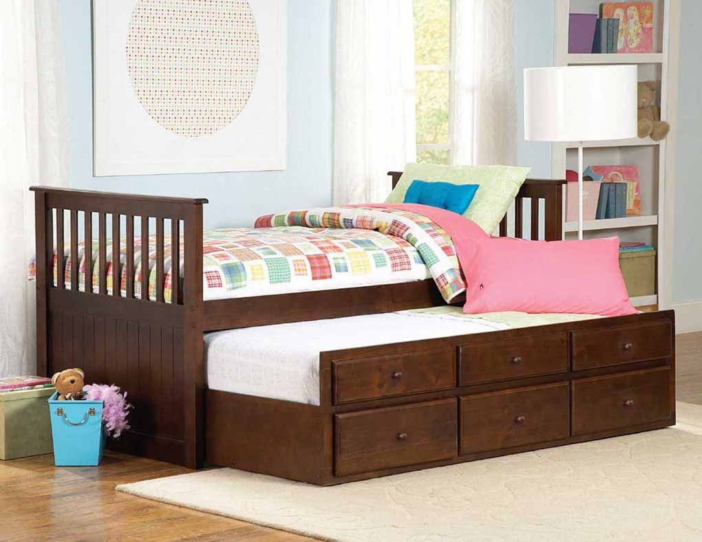 Image of: Wood Twin Trundle Bed with Storage