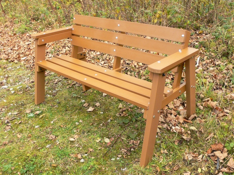Picture of: Wooden Garden Bench Homemade