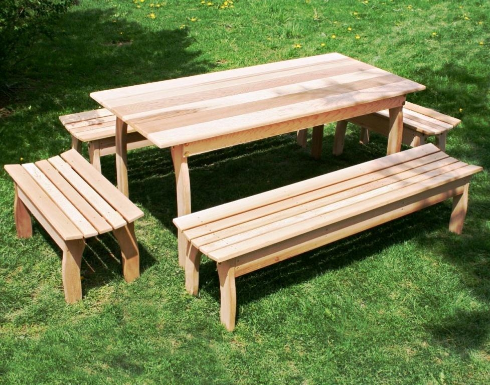 Picture of: Wooden Picnic Bench Ideas