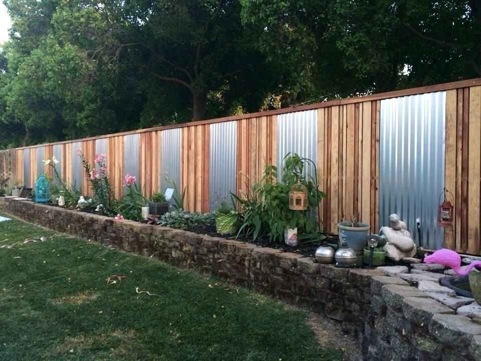 Image of: Yard Sheet Metal Fence