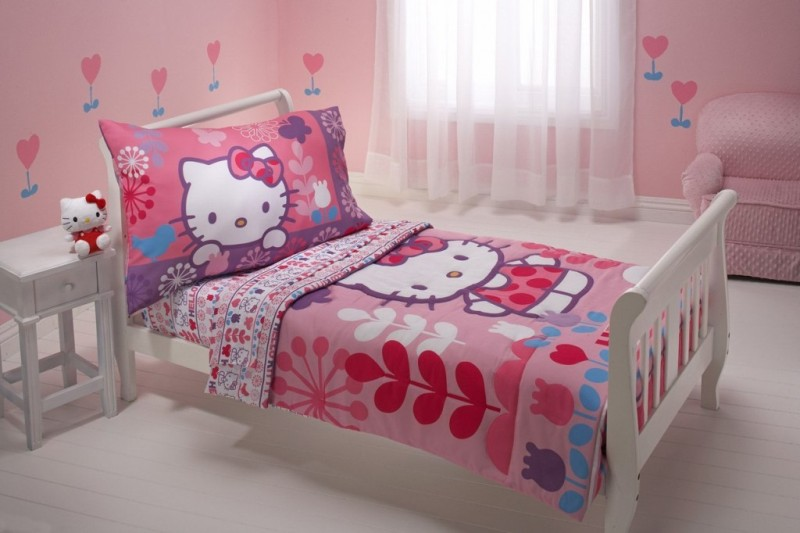 Picture of: Girl Toddler Bed Set