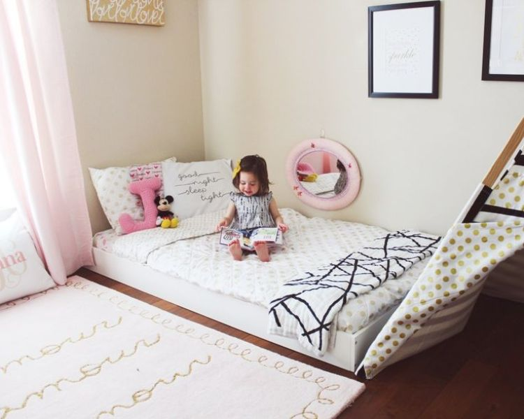 Picture of: Toddler Bed Bedding Girl