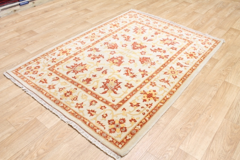 Image of: Types Of Persian Rugs
