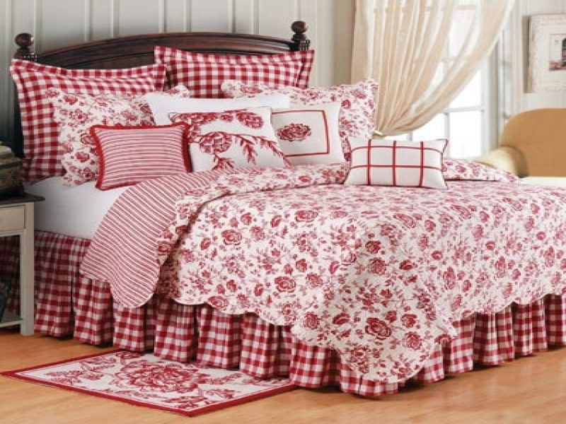 Image of: Country Bedroom Set Bedding