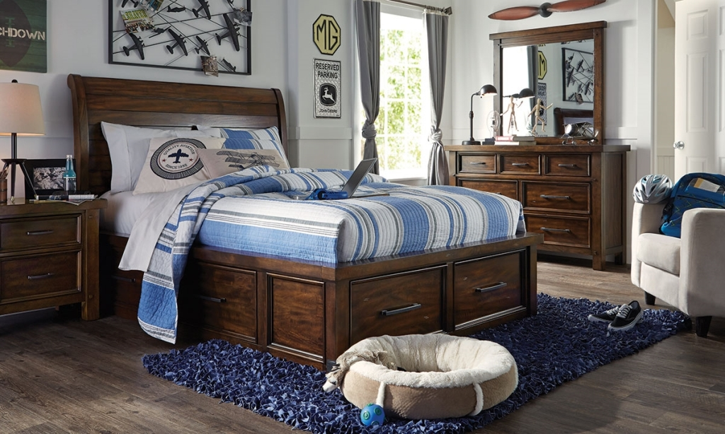 Holland House Sleigh Bed With Storage