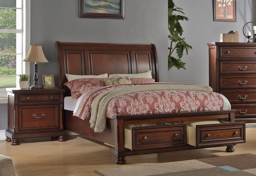 Sleigh Bed With Storage Drawers