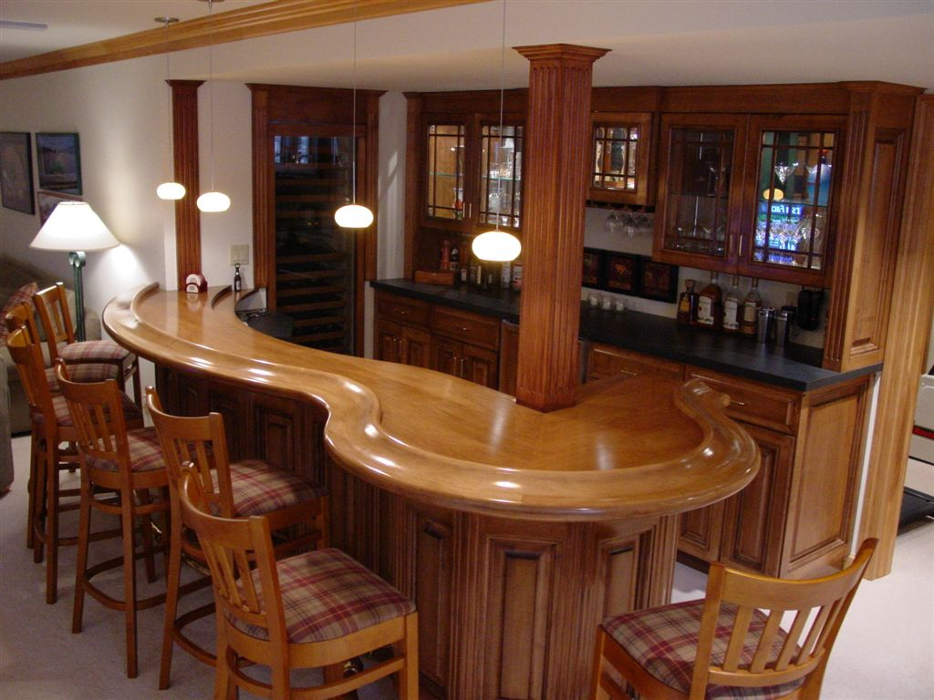 Image of: Amazing Best Basement Bar Designs