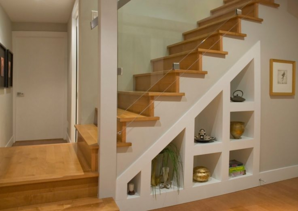 Image of: Awesome Basement Stairs Railing