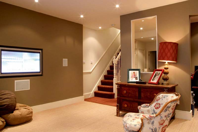 Image of: Basement Remodeling Pictures Paint