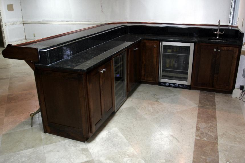 Image of: Best Basement Bar Cabinets