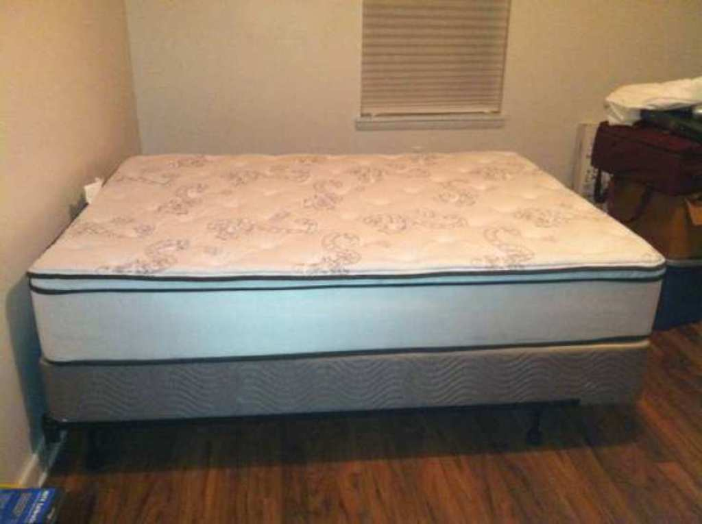 Image of: Best Queen Size Mattress and Box Spring