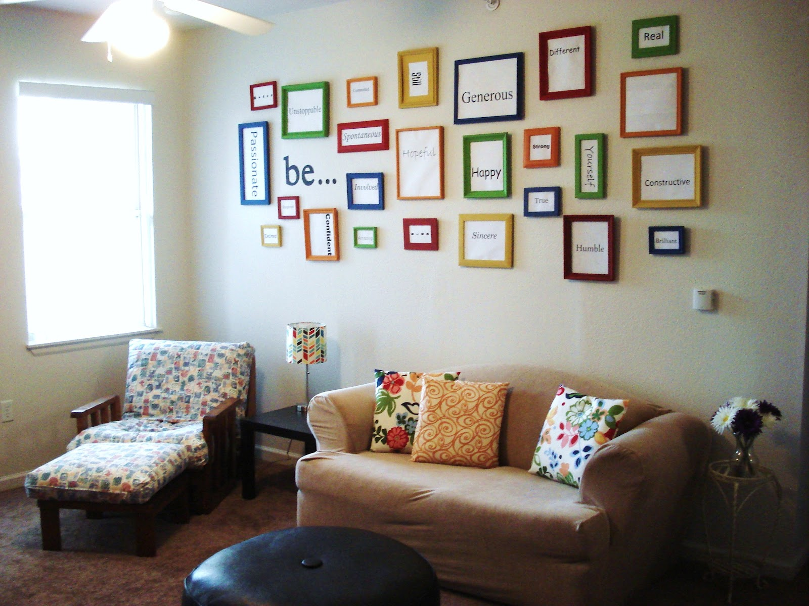 Image of: Diy Living Room Wall Decorating Ideas Style