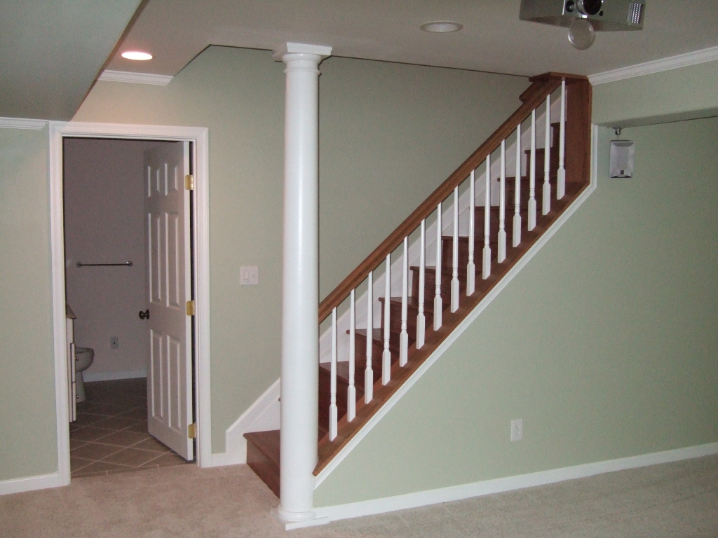 Image of: Exterior Basement Stair Ideas