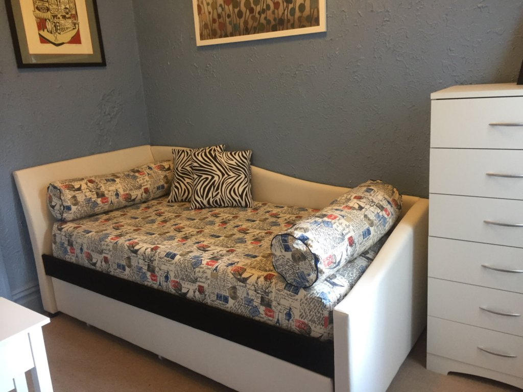 Image of: Full Size Mattress Cover Allergy