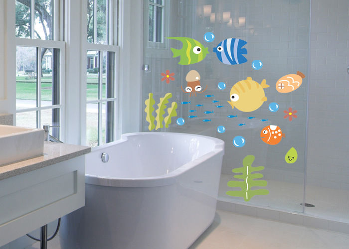 Image of: Funny Fish Wall Decor for Bathroom