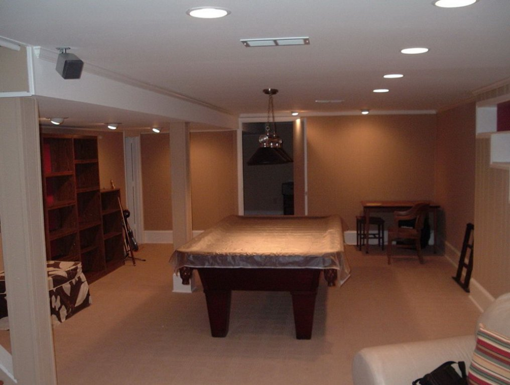 Image of: Lighting-For-Low-Ceilings-in-Basement-Contractors