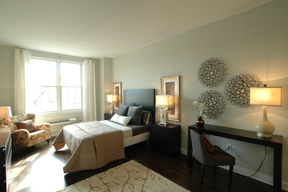 Image of: Modern Bedroom Wall Decor Contemporary
