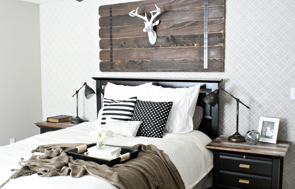 Picture of: Modern Rustic Wall Decor For Bedroom