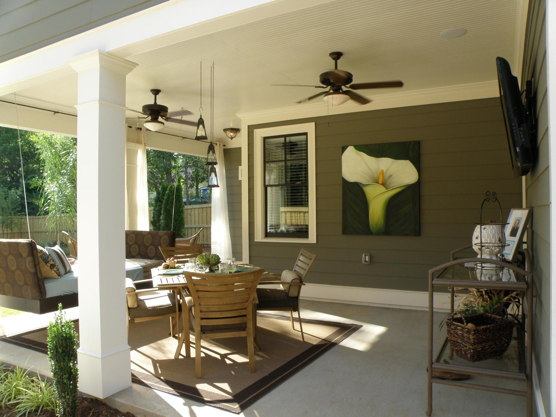 Image of: Outdoor Home Wall Decor for Patio