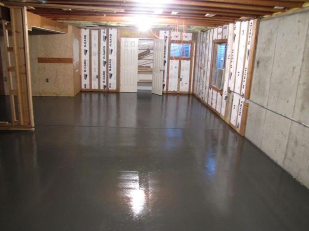 Image of: Paint Cement Floor Basement Apartments for Rent