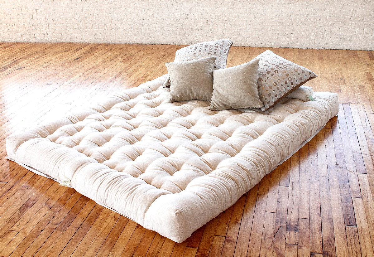 Image of: Queen Size Futon Mattress Toppers