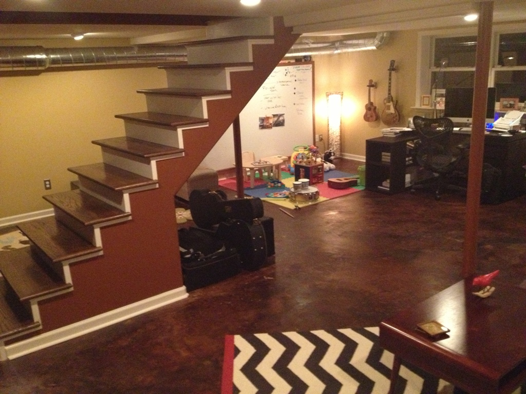 Picture of: Traditional How to Remodel a Basement