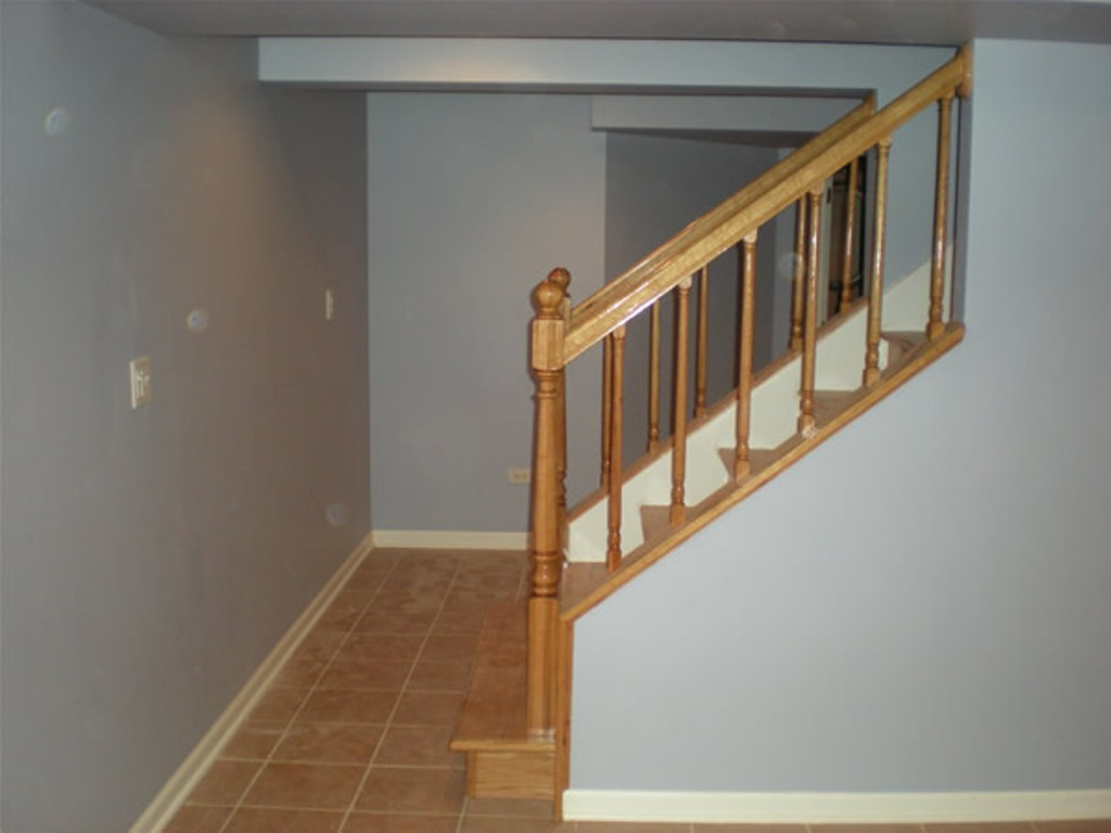 Image of: Under Basement Stair Ideas