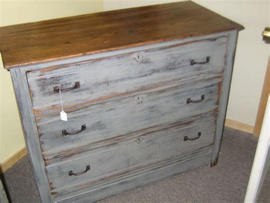 Image of: Grey Distressed Wood Dresser
