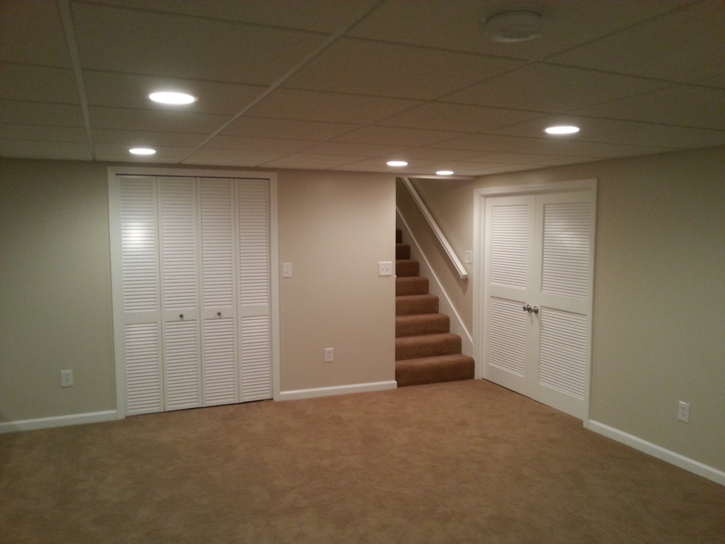 Picture of: Basement Ceiling Lights Color