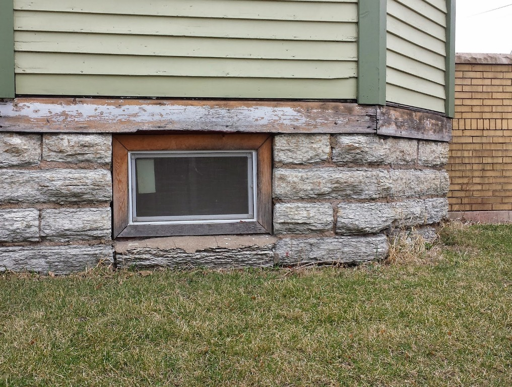 Basement Hopper Windows Lowe's