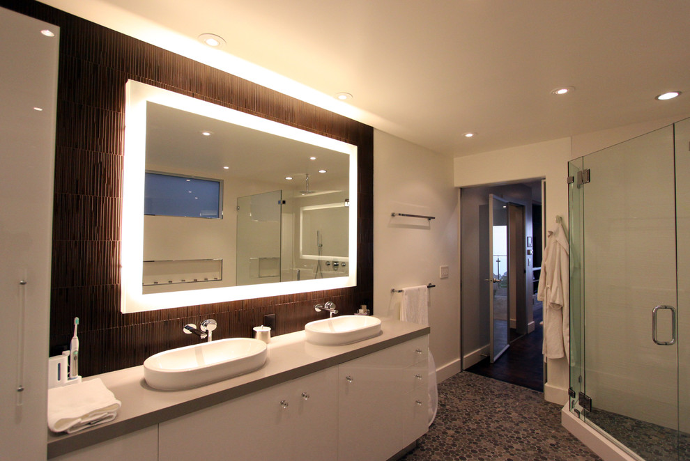 Picture of: Bathroom Wall Decor Ideas Style