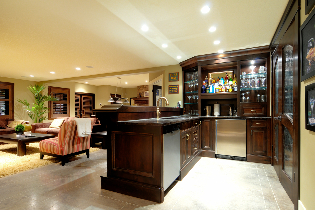 Picture of: Best Lighting for Basement Style
