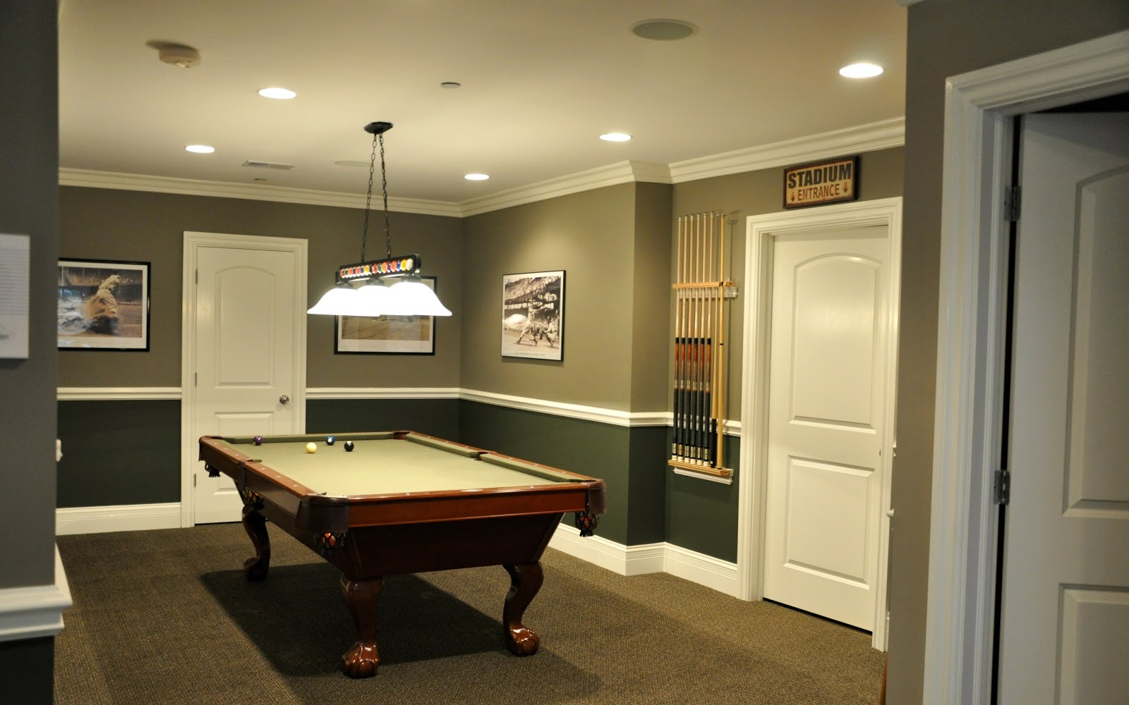 Picture of: Contemporary Best Lighting for Basement
