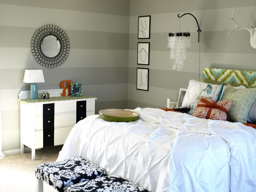 Image of: Grey Decorative Mirrors Bedroom Wall