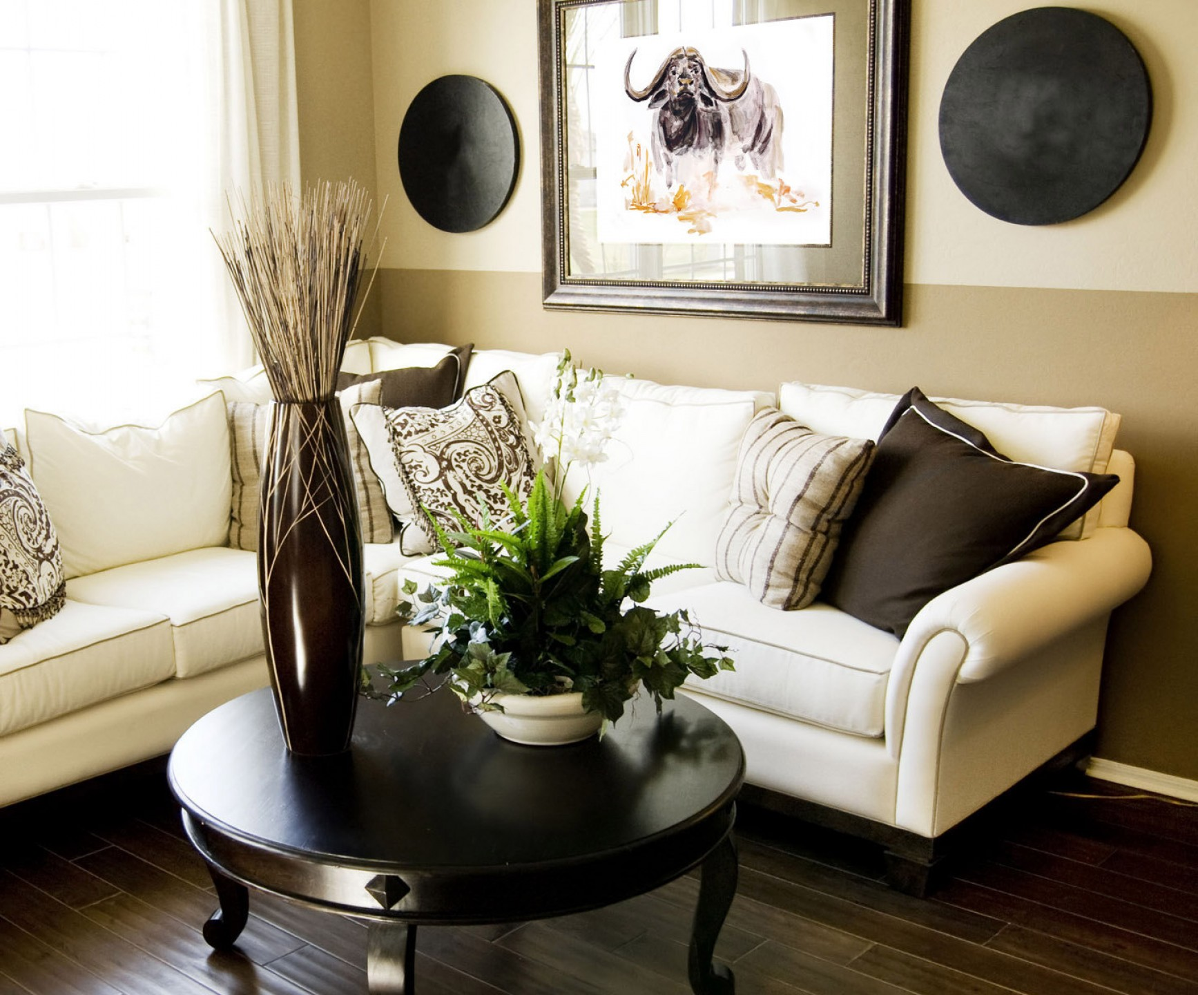 Picture of: Home Large Wall Decor Ideas For Living Room