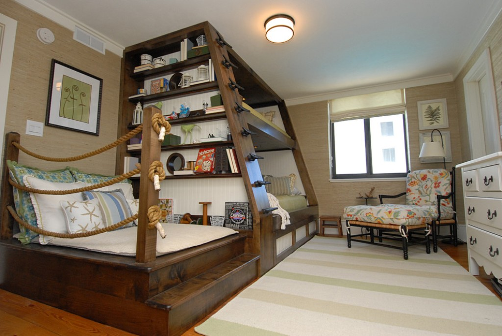Image of: Ideas-Custom-Loft-Beds-for-Kids