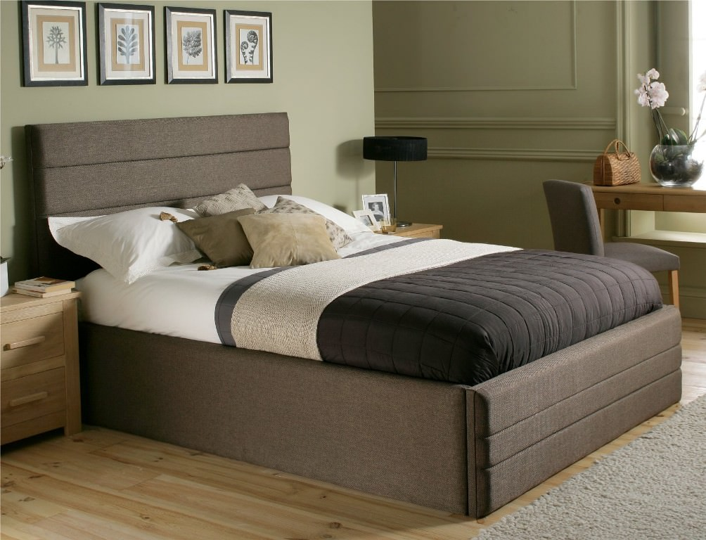 Picture of: King Size Mattress Frame
