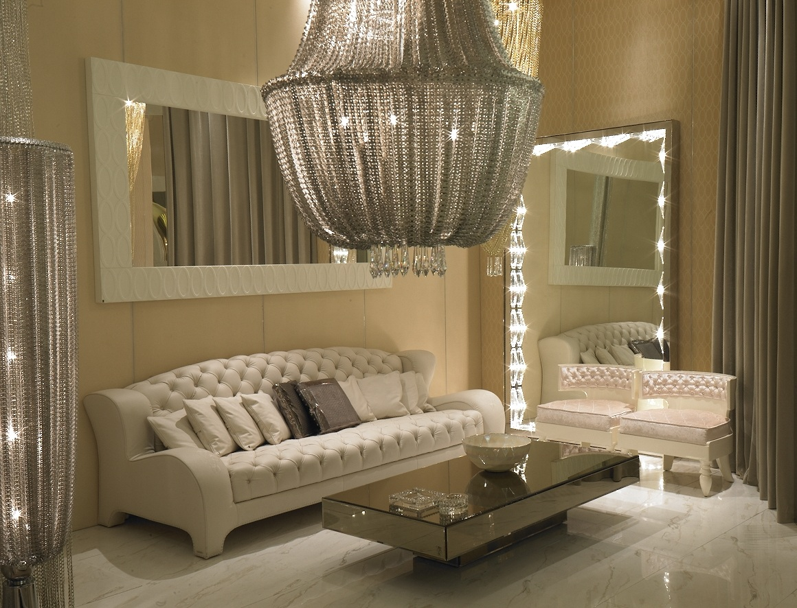 Image of: Large Modern Decorative Wall Mirrors