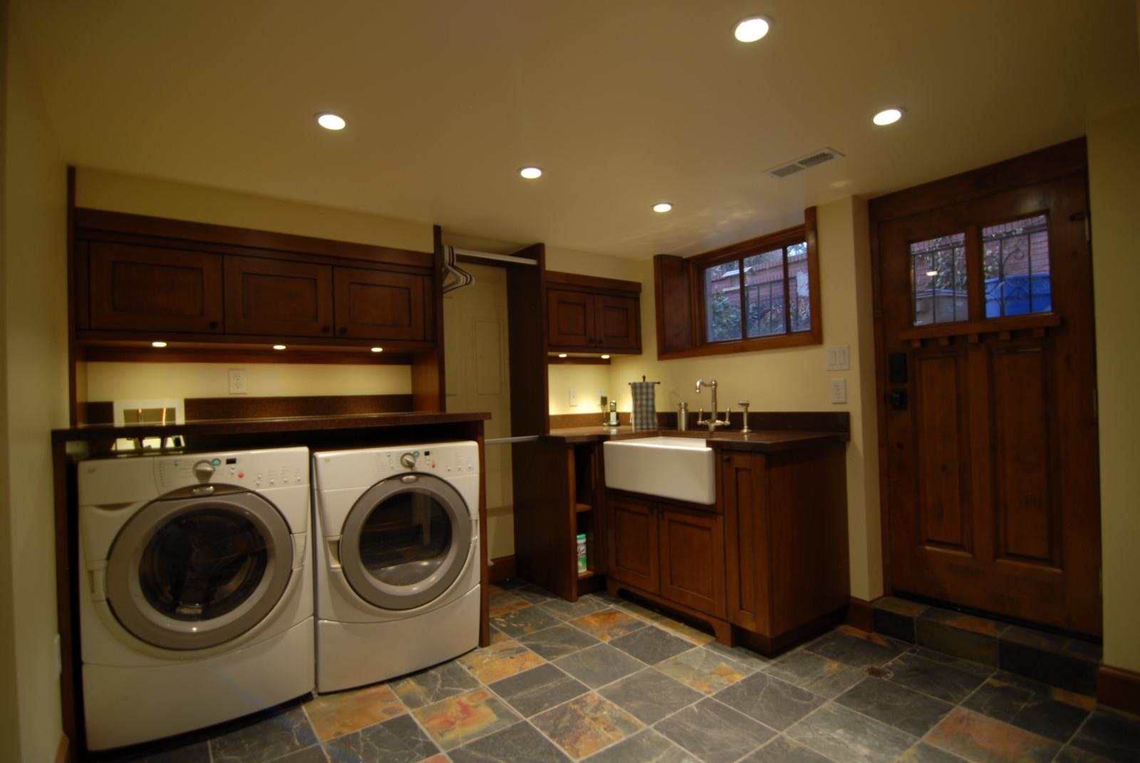 Laundry Basement Bathroom Design Layout