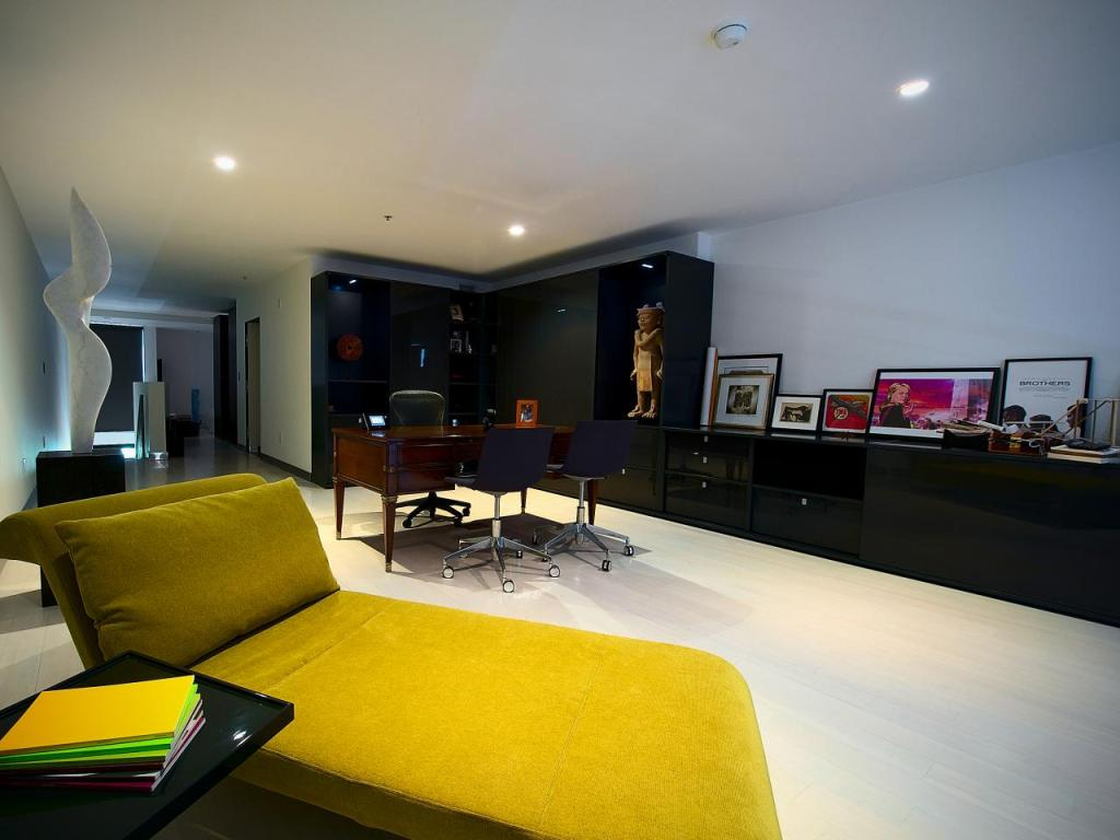 Image of: Low profile Lighting for Basement with Low Ceilings