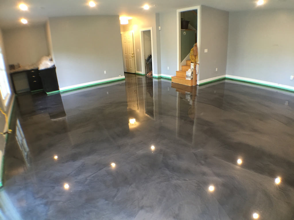 Image of: Metallic Epoxy Basement Floor Ideas